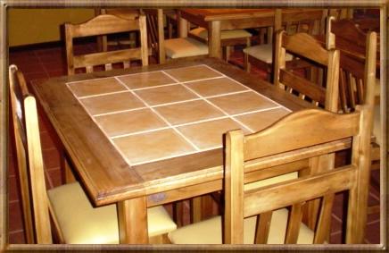 Sociedad comercial del rey ltda inicio for Bar de madera chile